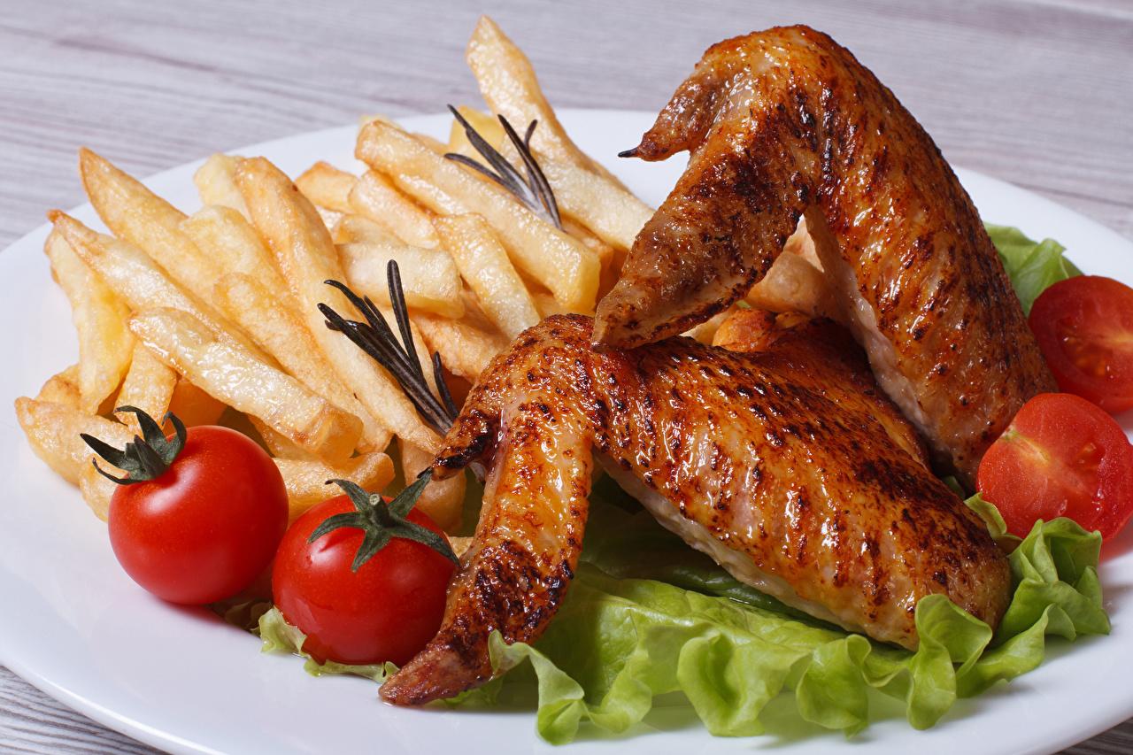 Картинка Томаты Картофель фри Курица запеченная Еда Помидоры Пища Продукты питания