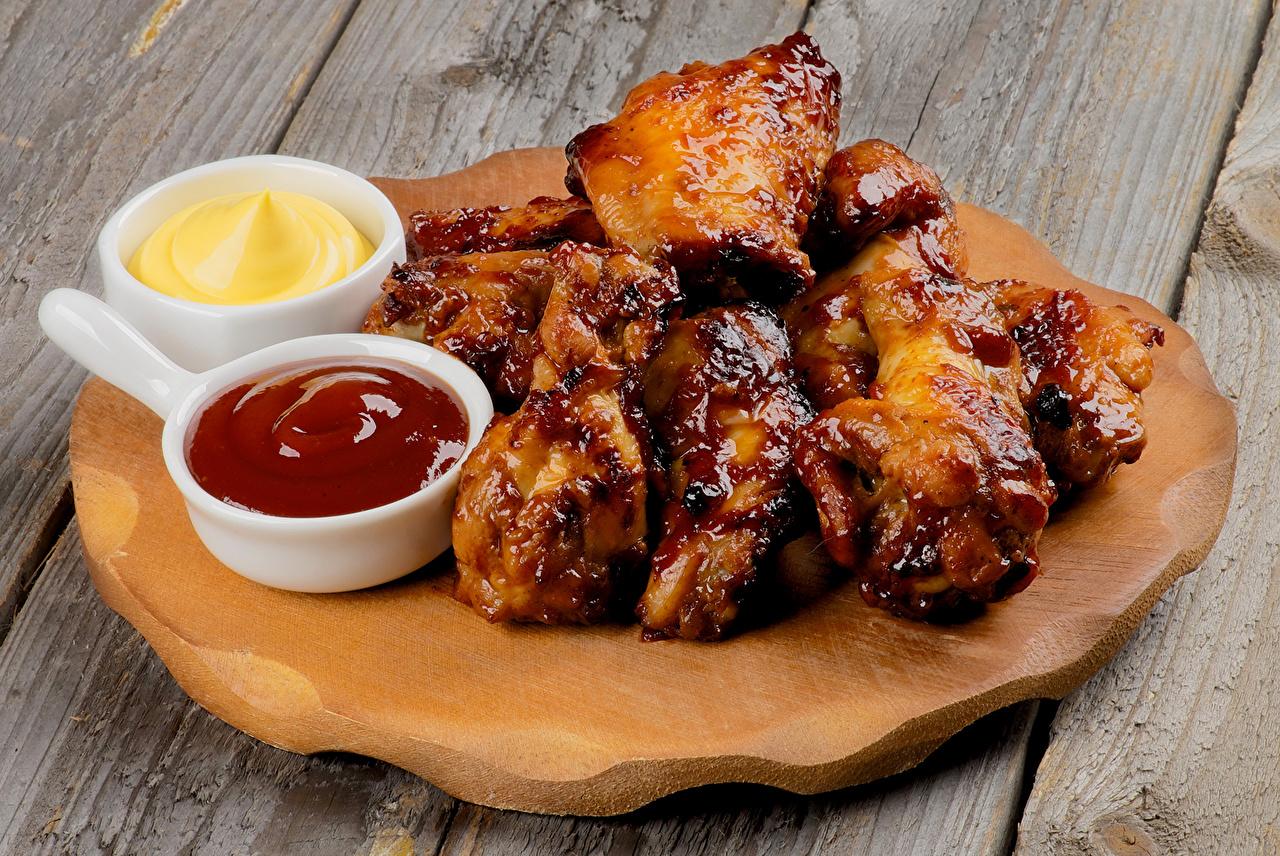 Обои для рабочего стола Кетчуп Курица запеченная Еда Мясные продукты кетчупа кетчупом Пища Продукты питания