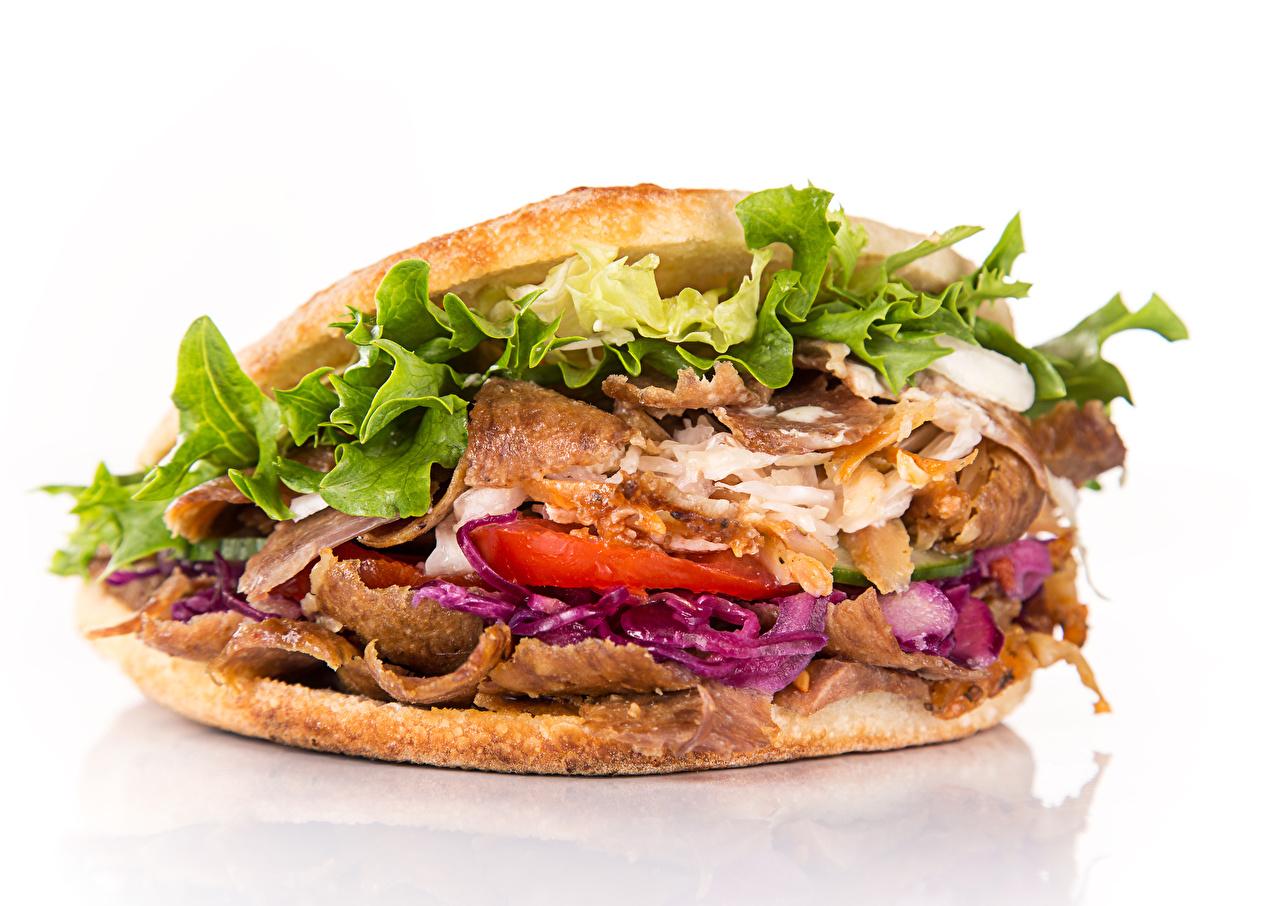 Фотографии Сэндвич Фастфуд Пища Овощи белом фоне Быстрое питание Еда Продукты питания Белый фон белым фоном