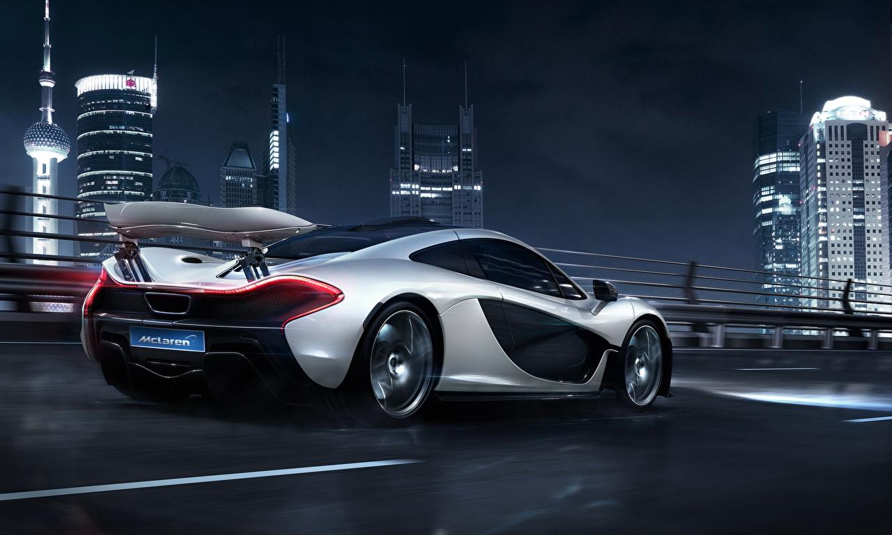 Фотография Макларен 2014 P1 серебряная авто Ночные вид сзади McLaren серебряный серебристая Серебристый Ночь Сзади ночью в ночи машина машины автомобиль Автомобили