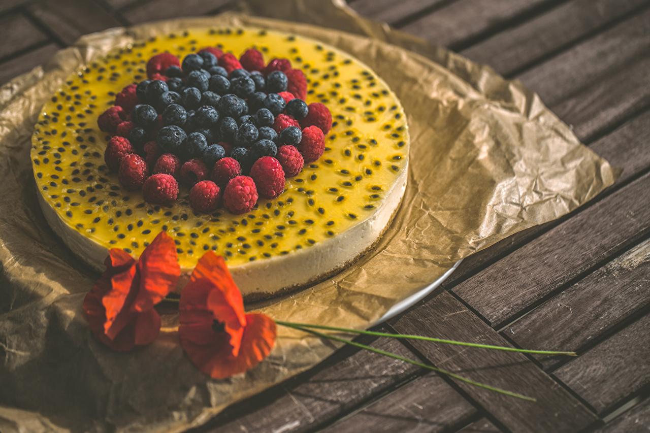 Фото Торты Маки Малина Черника Пища Ягоды Сладости Доски мак Еда Продукты питания сладкая еда