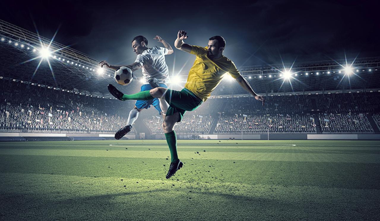 Фотографии Мужчины 2 Спорт Футбол ног Стадион Мяч Газон два две Двое вдвоем спортивный спортивные спортивная Ноги Мячик газоне