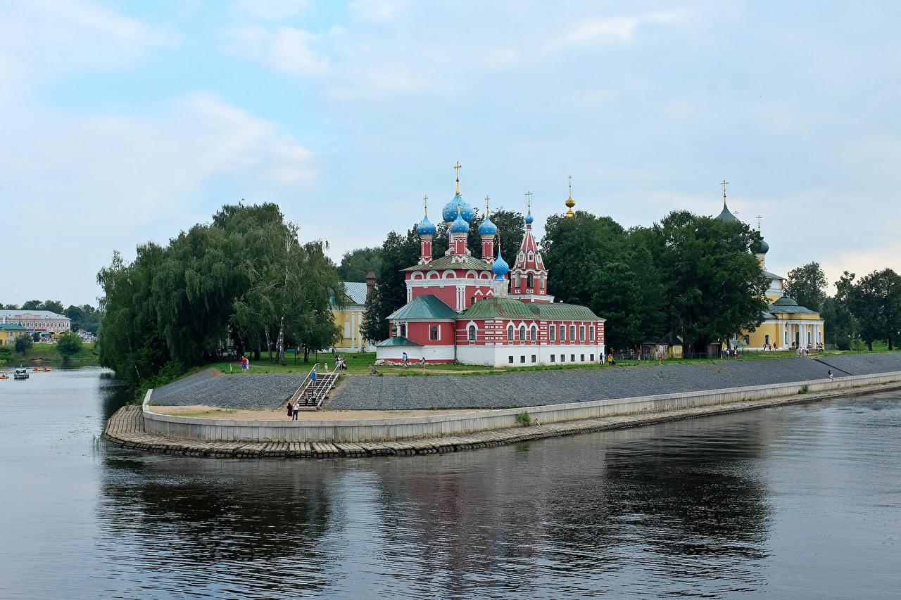 Фото Церковь Россия Uglich River Volga река Храмы Города Реки речка город