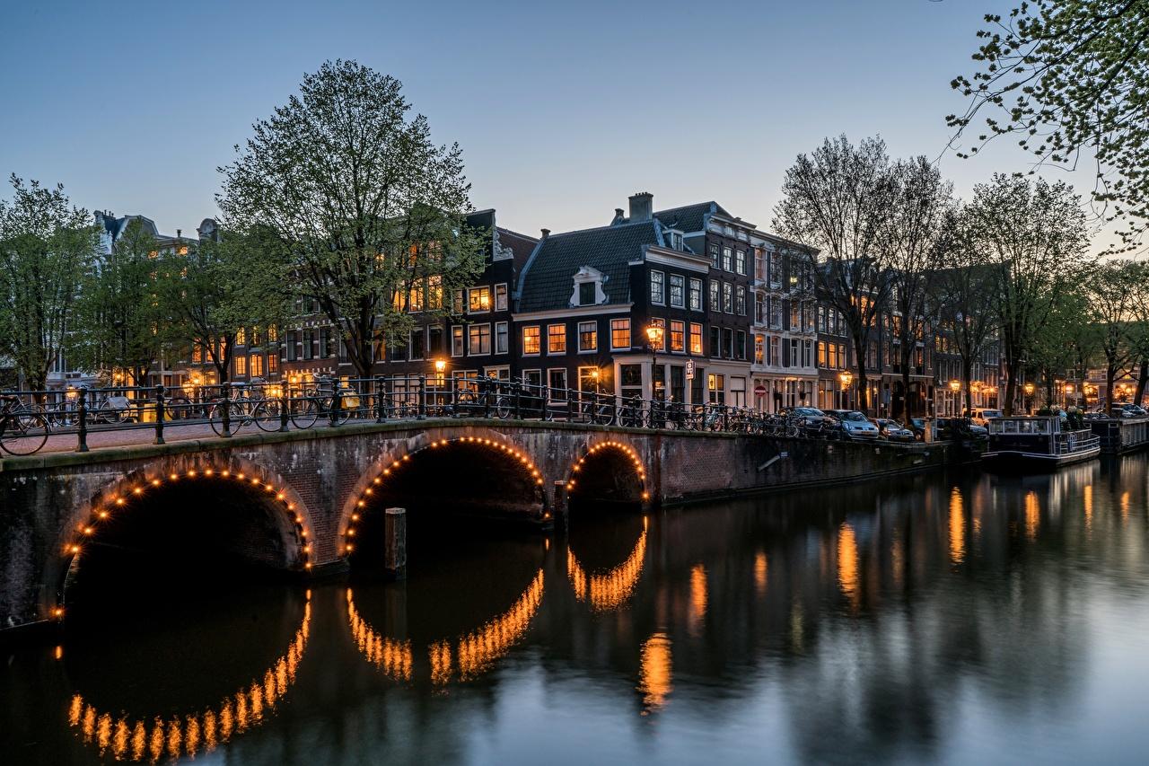Обои Амстердам Нидерланды Keizersgracht Мосты Реки Города Здания речка Дома