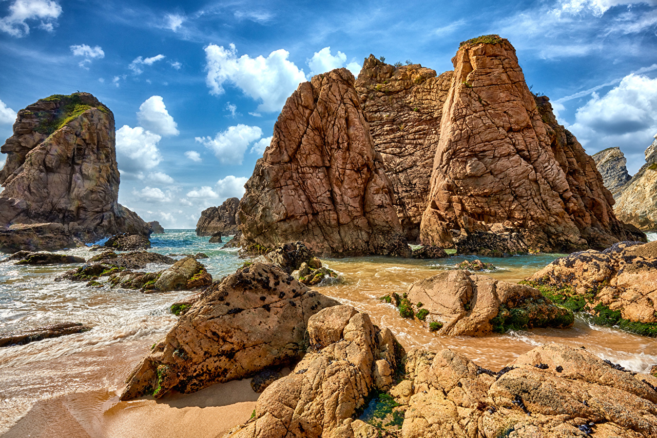 Картинка Португалия Sintra скале Природа берег Утес Скала скалы Побережье
