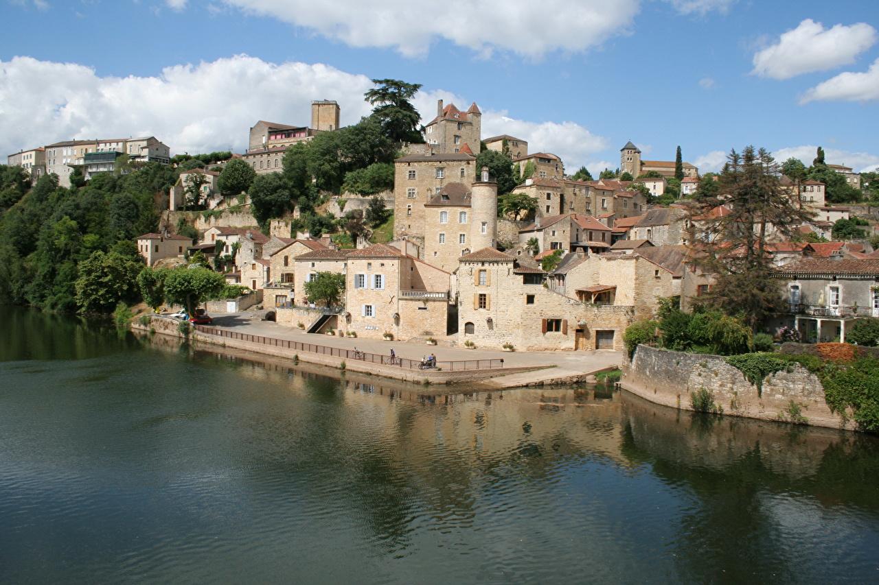 Картинки Франция Puy L Eveque берег город Побережье Города