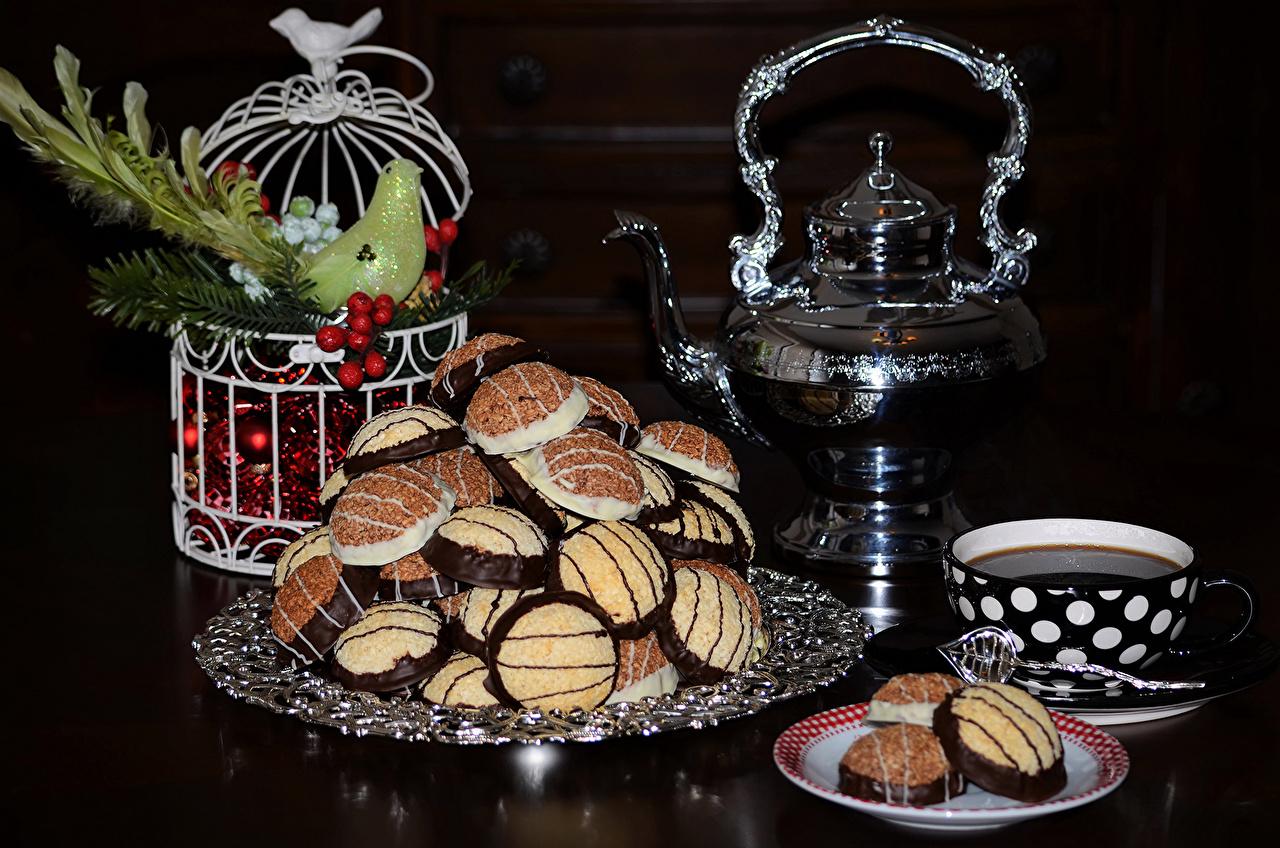 Новый год Чайник Печенье Черный фон Чашка Тарелка Пища, Продукты, Рождество Еда
