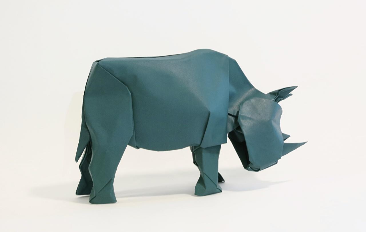 Фотографии Носороги Оригами бумаге Серый фон Бумага бумаги сером фоне