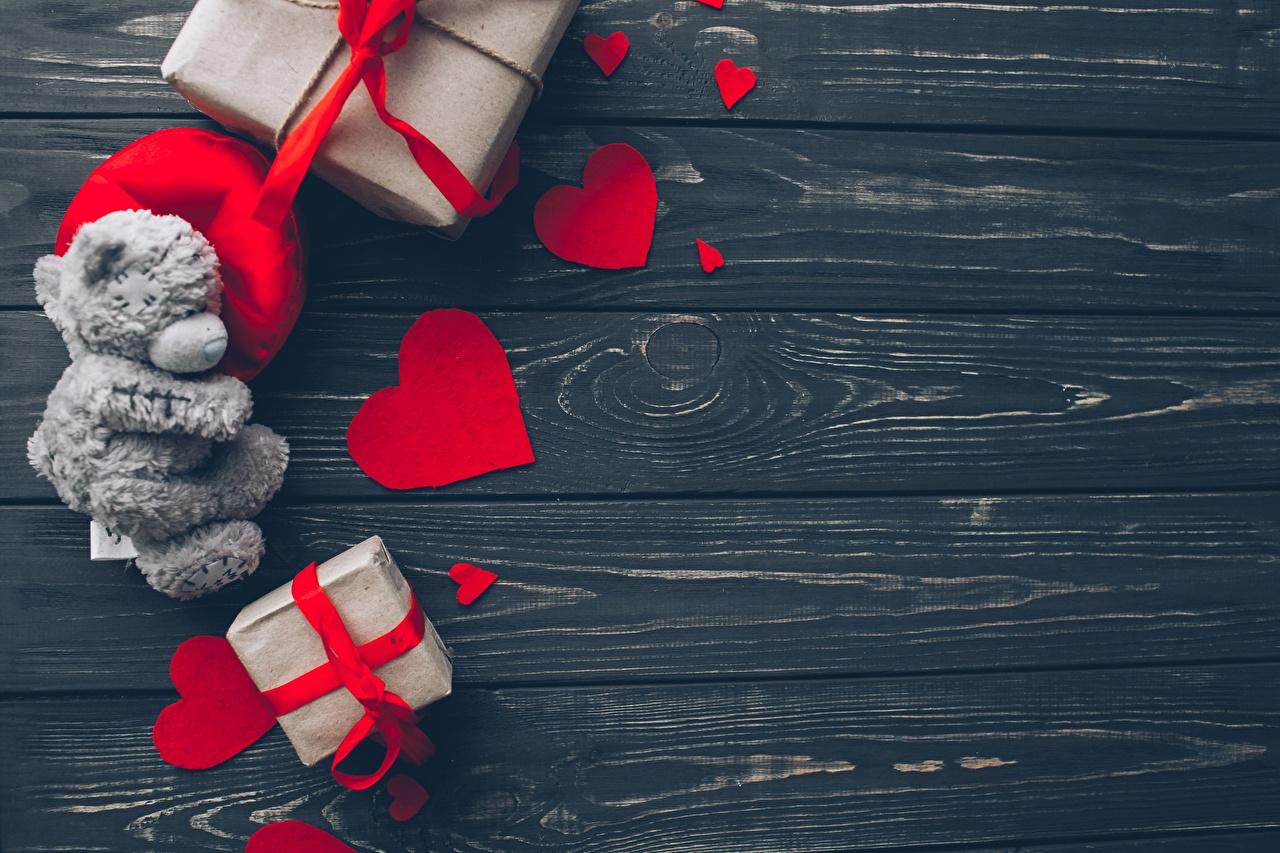 Фотографии День святого Валентина Сердце Мишки подарок Шаблон поздравительной открытки Доски День всех влюблённых серце сердца сердечко Подарки подарков Плюшевый мишка