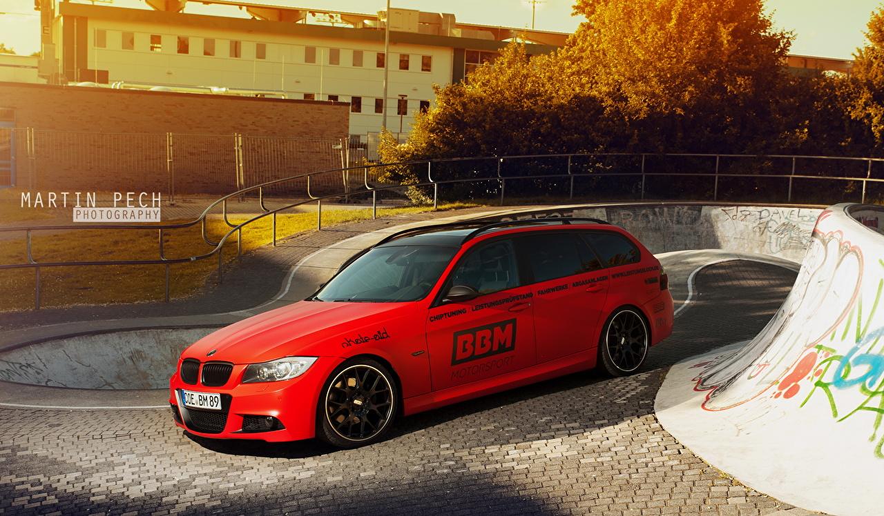 Фотография BMW 2013 330d E91 Красный машины БМВ красная красные красных авто машина Автомобили автомобиль