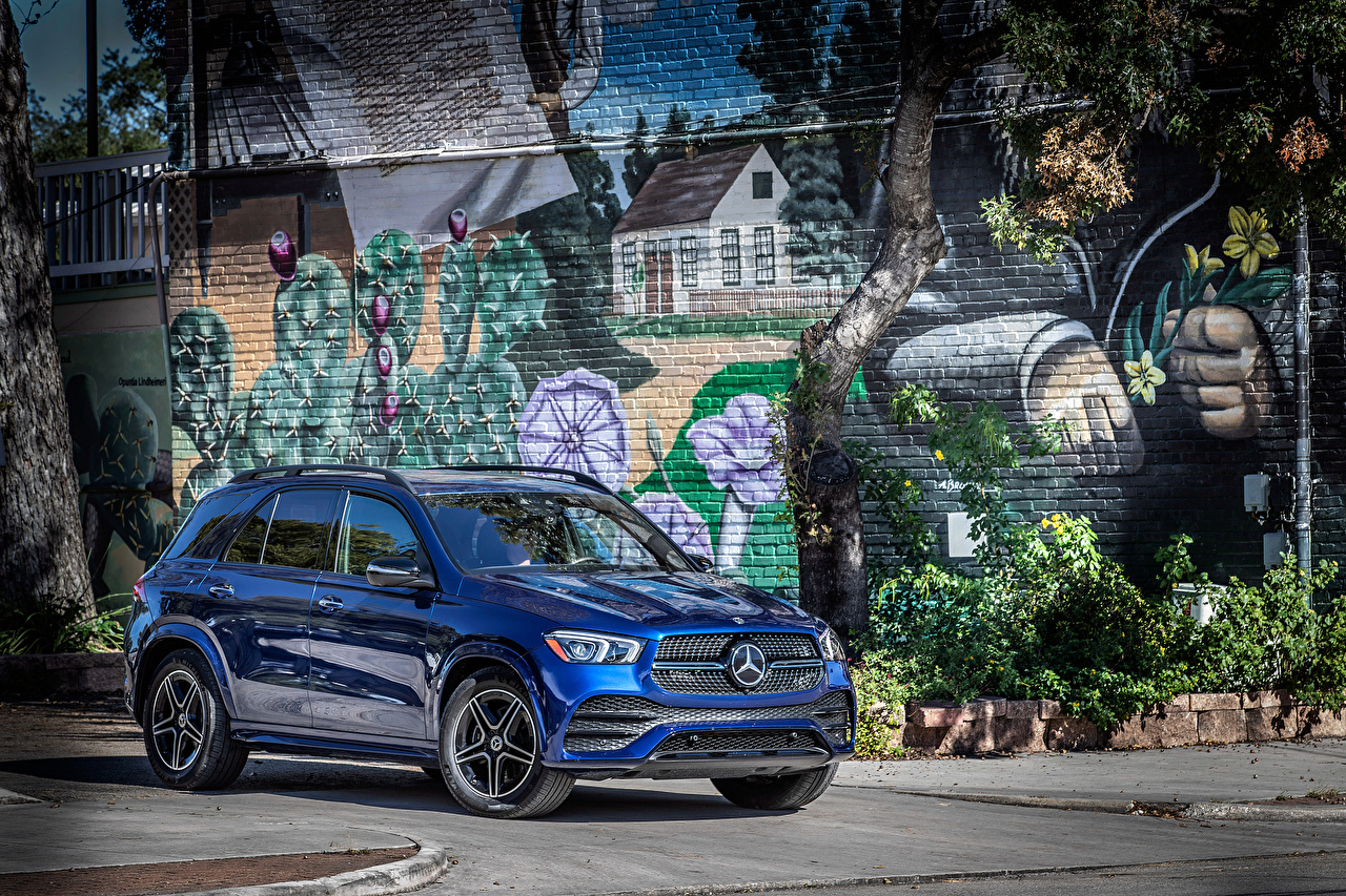 Картинка Мерседес бенц 2019 GLE 350 4MATIC AMG Line Синий Металлик Автомобили Mercedes-Benz Авто Машины