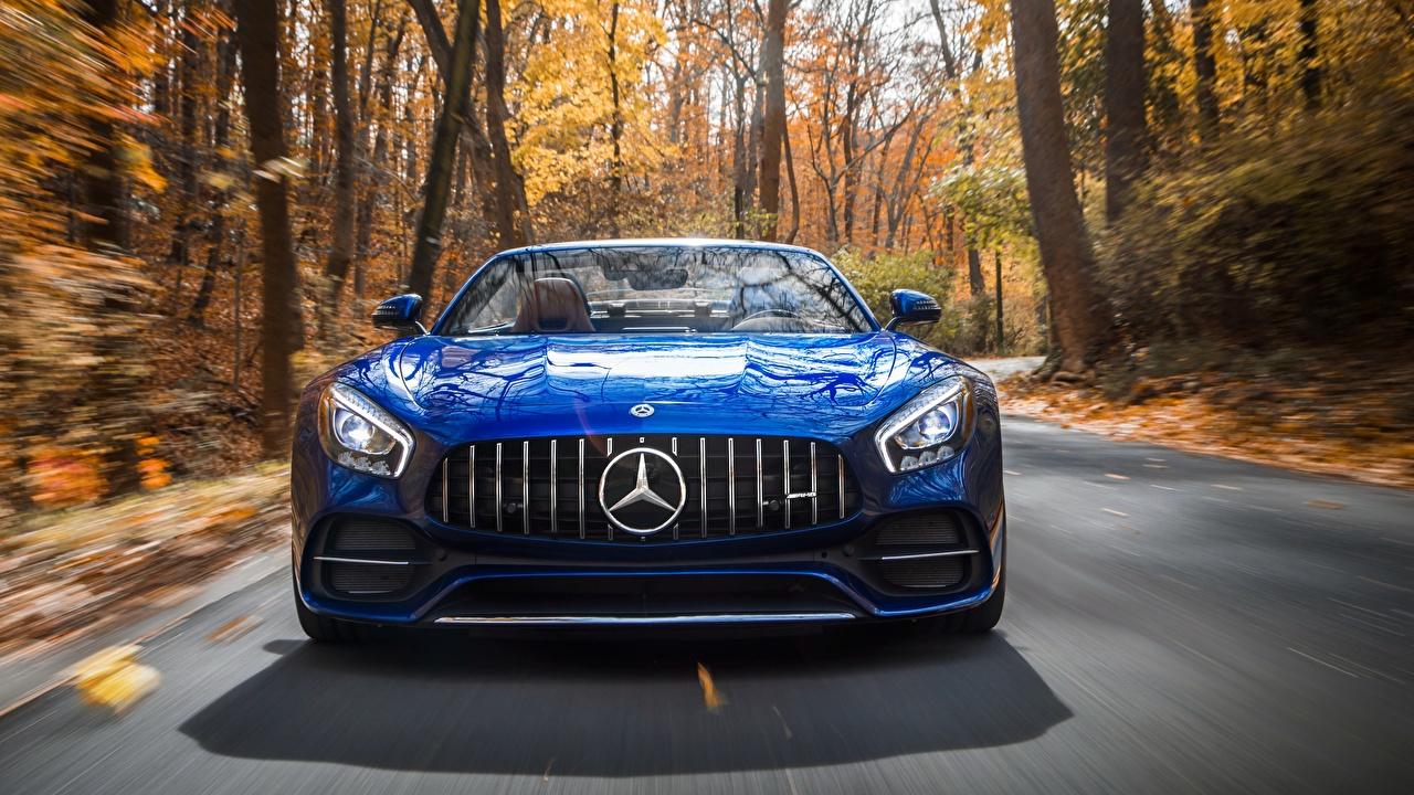 Фотография Mercedes-Benz AMG 2018 GT C Родстер Синий Спереди Автомобили Мерседес бенц синяя синие синих авто машины машина автомобиль
