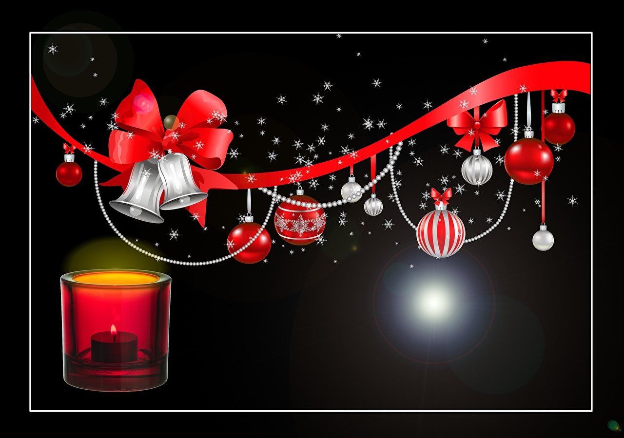 Фотография Рождество Огонь Лента Свечи Бантик Шарики Колокольчики на черном фоне Новый год Пламя Шар бант бантики ленточка колокольчик Черный фон