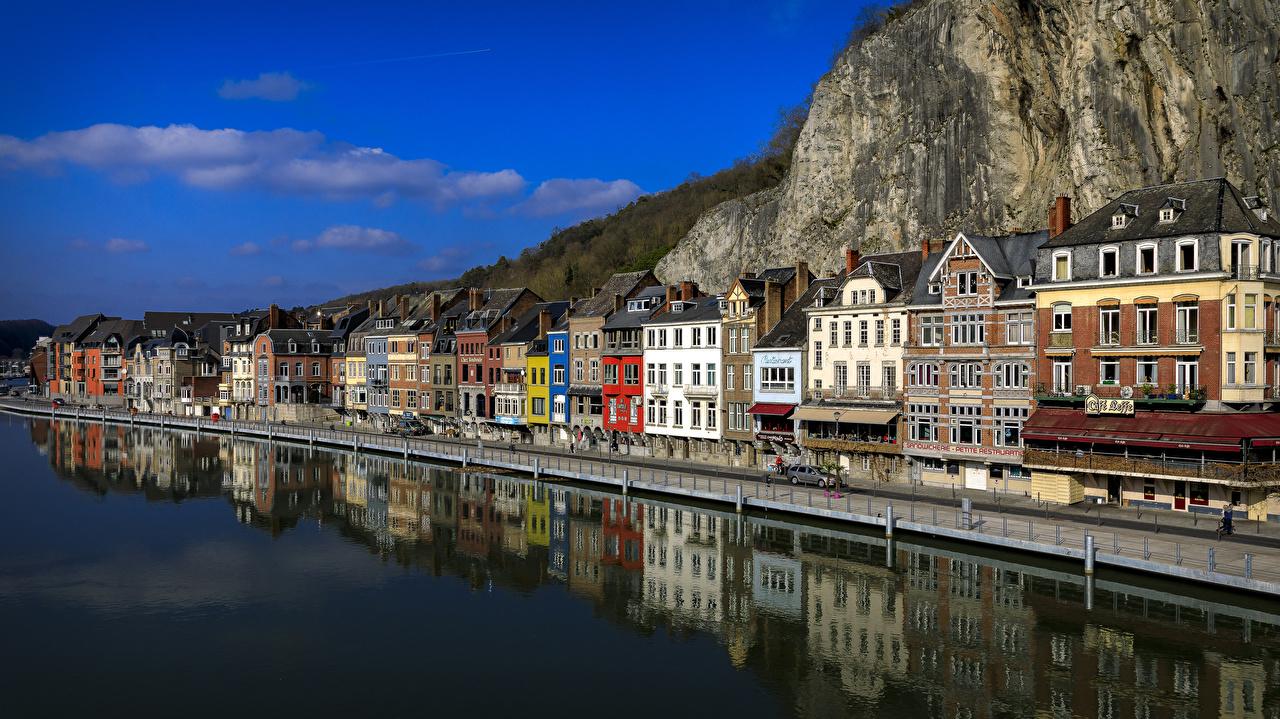 Фотография Бельгия Dinant Скала Водный канал Дома Города Утес скалы скале город Здания