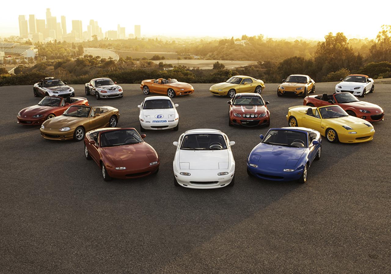 Фото Mazda MX-5 Кабриолет машина Много Мазда кабриолета авто машины автомобиль Автомобили