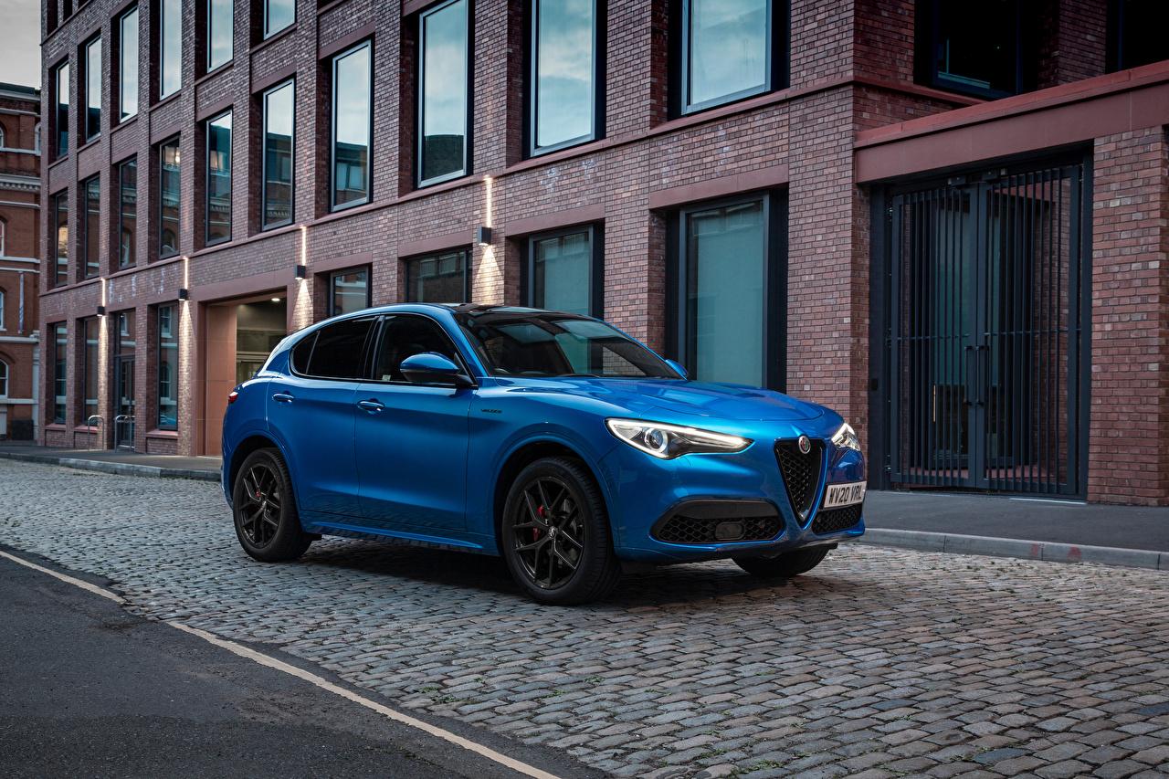 Обои для рабочего стола Альфа ромео CUV Stelvio Veloce UK-spec, 949, 2020 синяя машина Металлик Alfa Romeo Кроссовер Синий синие синих авто машины Автомобили автомобиль