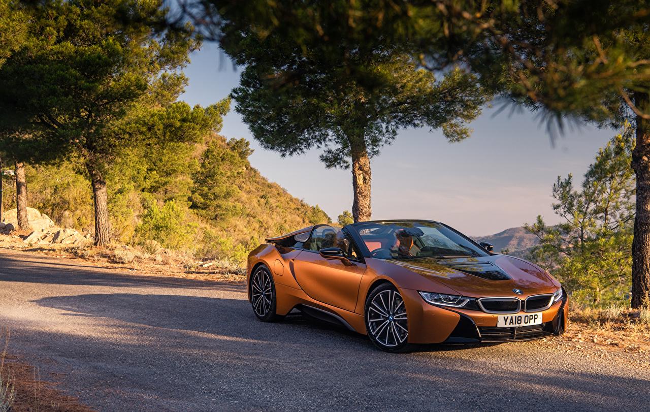 Обои для рабочего стола БМВ 2018 i8 Родстер оранжевых машины BMW оранжевая оранжевые Оранжевый авто машина Автомобили автомобиль