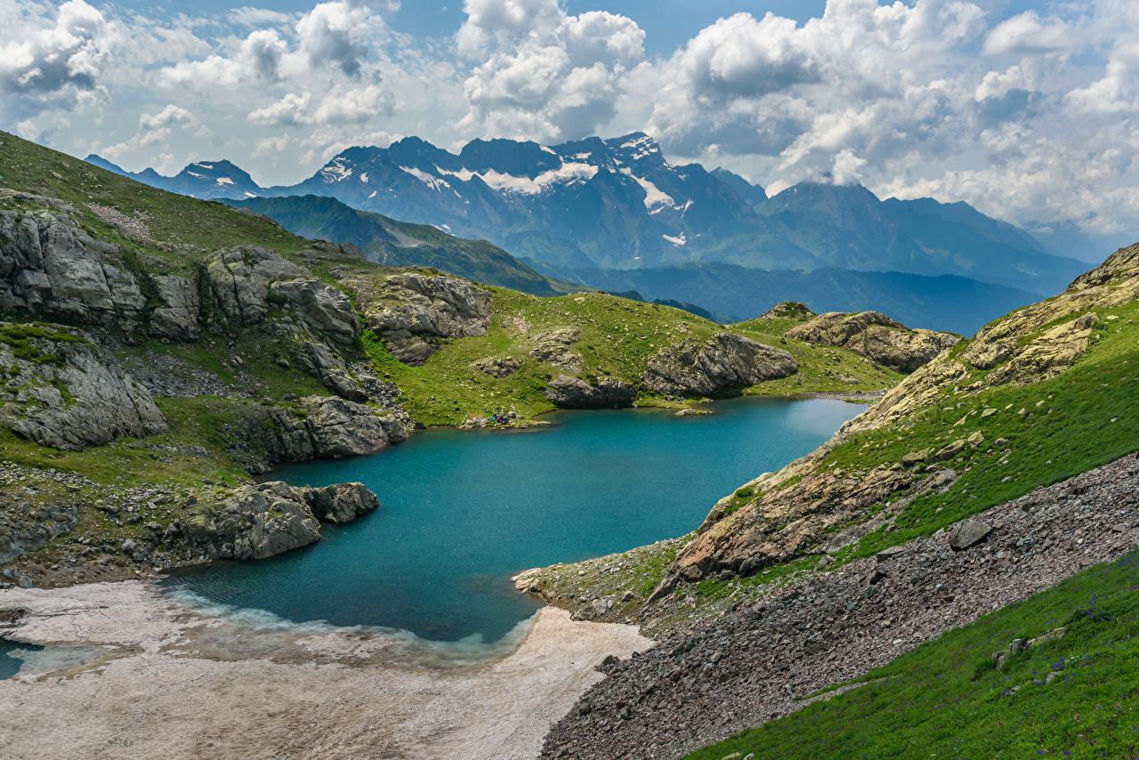 Фотографии Россия Upper Kardyvach lake, Krasnodar region Горы Природа Озеро гора