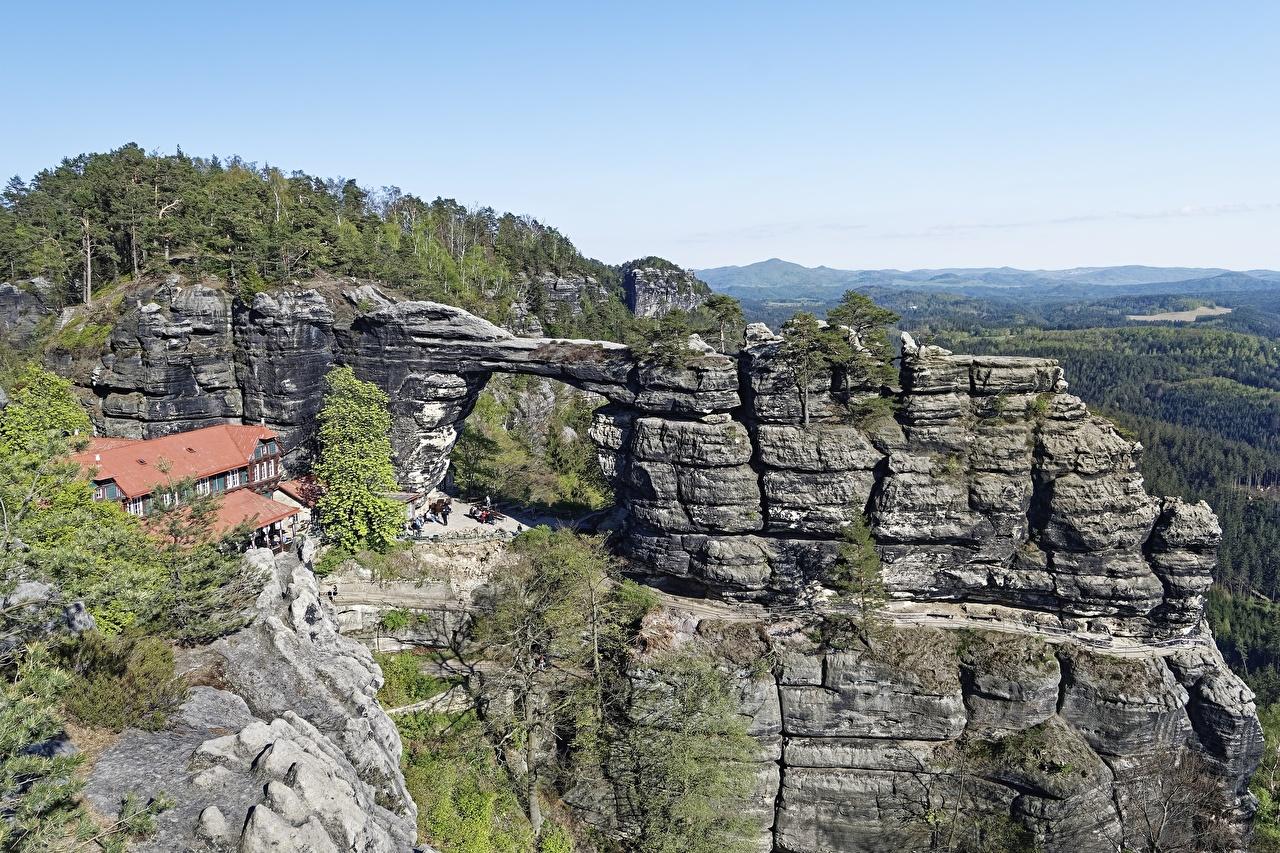 Фотографии Чехия Pravčická brána, Elbe Sandstone mountains гора скалы Природа Горы Утес Скала скале