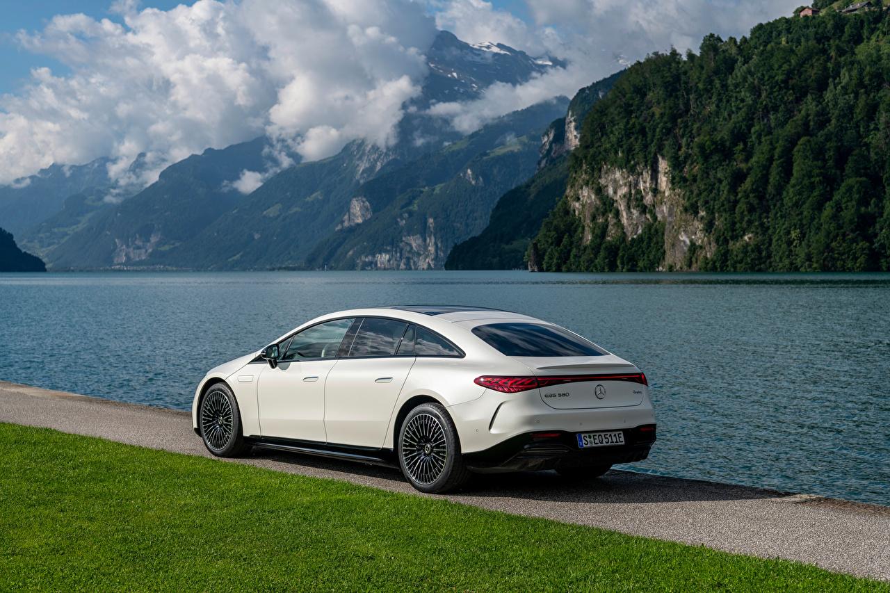 Картинка Mercedes-Benz EQS 580 4MATIC AMG Line, (Worldwide), (V297), 2021 белых Металлик Автомобили Мерседес бенц белая белые Белый авто машины машина автомобиль