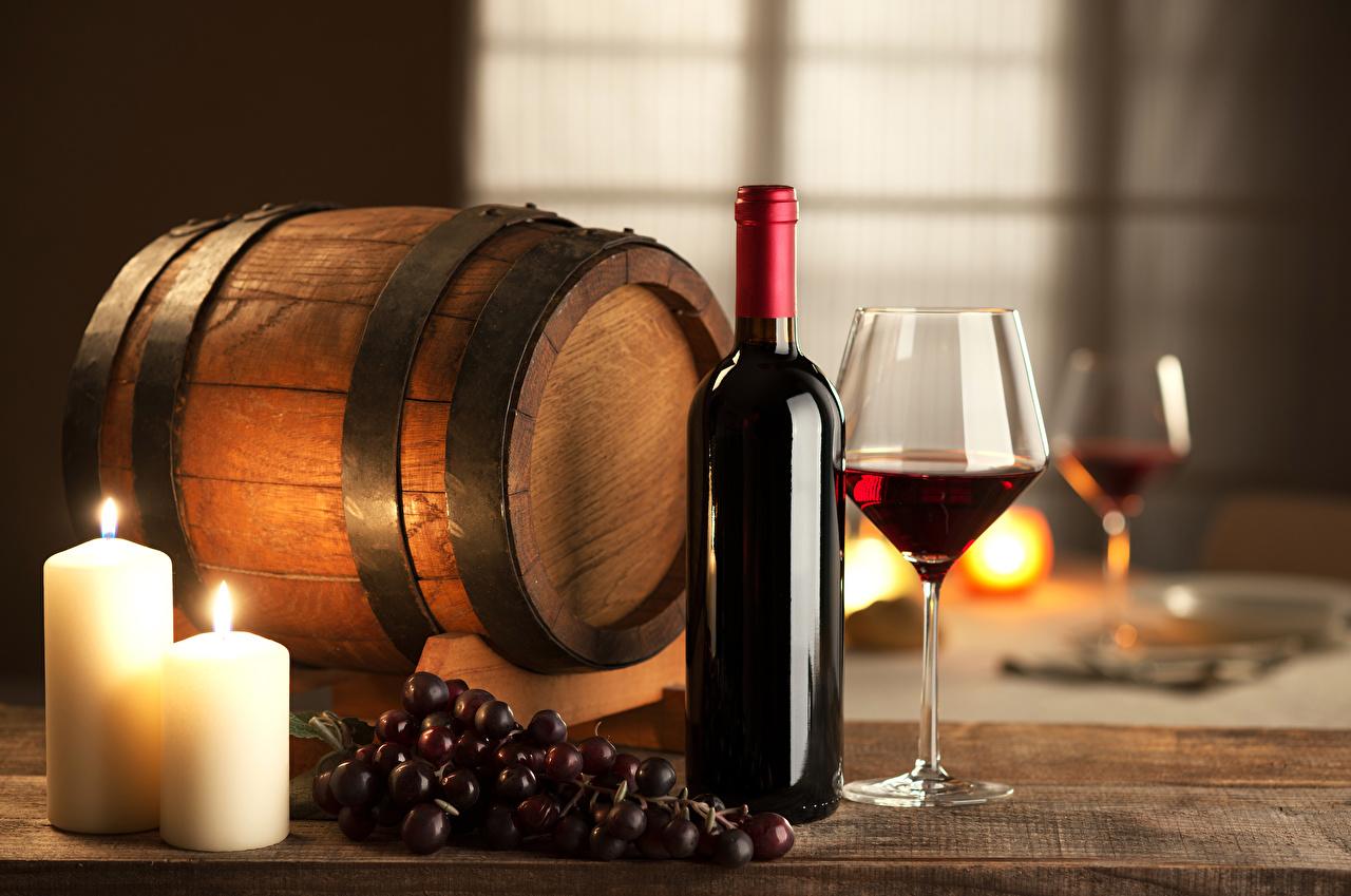 Картинки Вино Бочка Виноград Пища Свечи Бутылка Еда бутылки Продукты питания