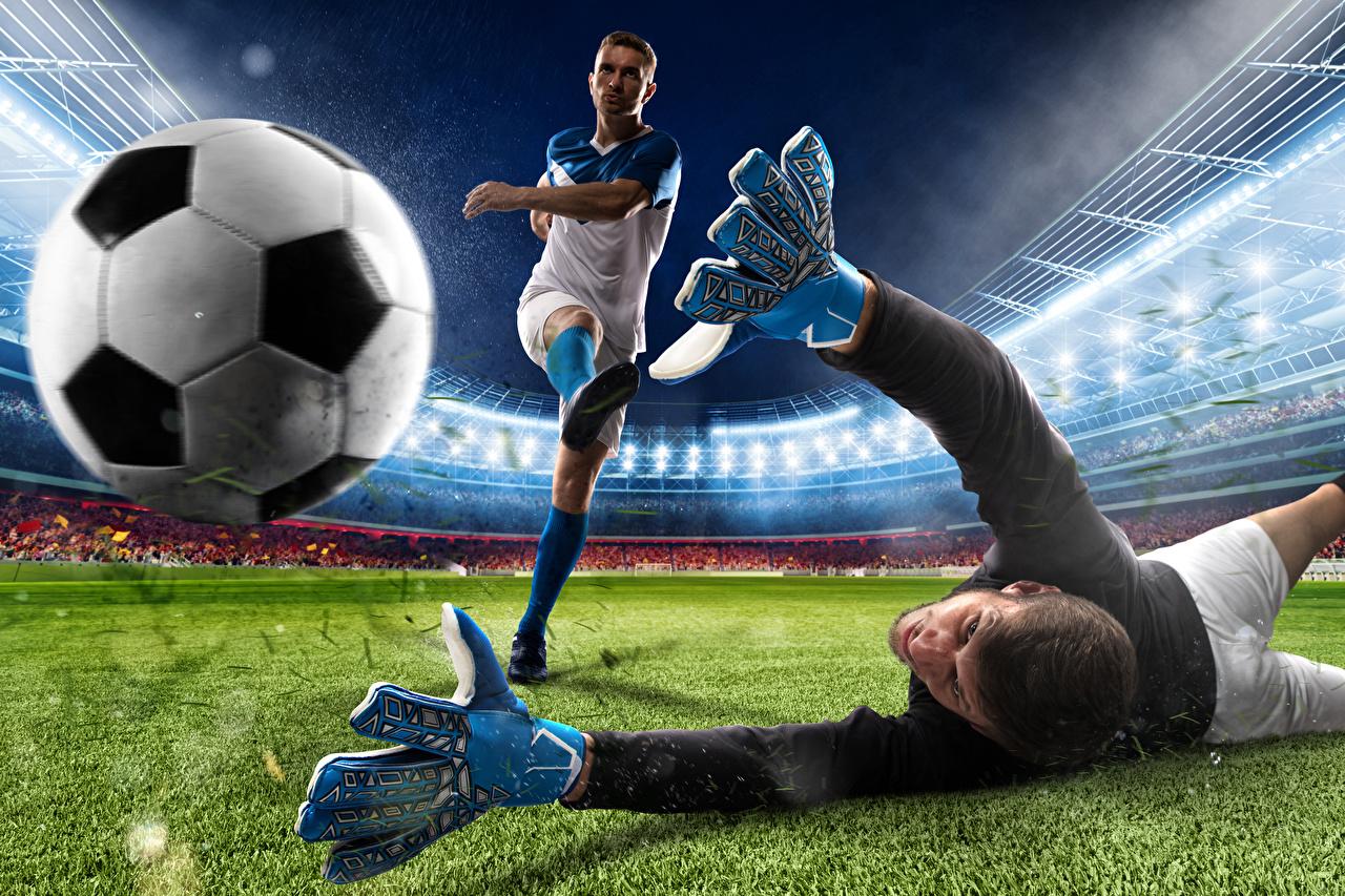 Фото Мужчины Перчатки Вратарь в футболе 2 Футбол спортивная Мячик мужчина перчатках два две Двое Спорт вдвоем спортивные спортивный Мяч