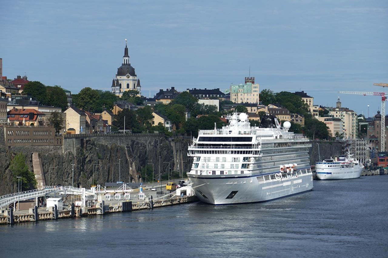 Обои для рабочего стола Стокгольм Швеция Круизный лайнер корабль Пристань Города Корабли Пирсы Причалы город