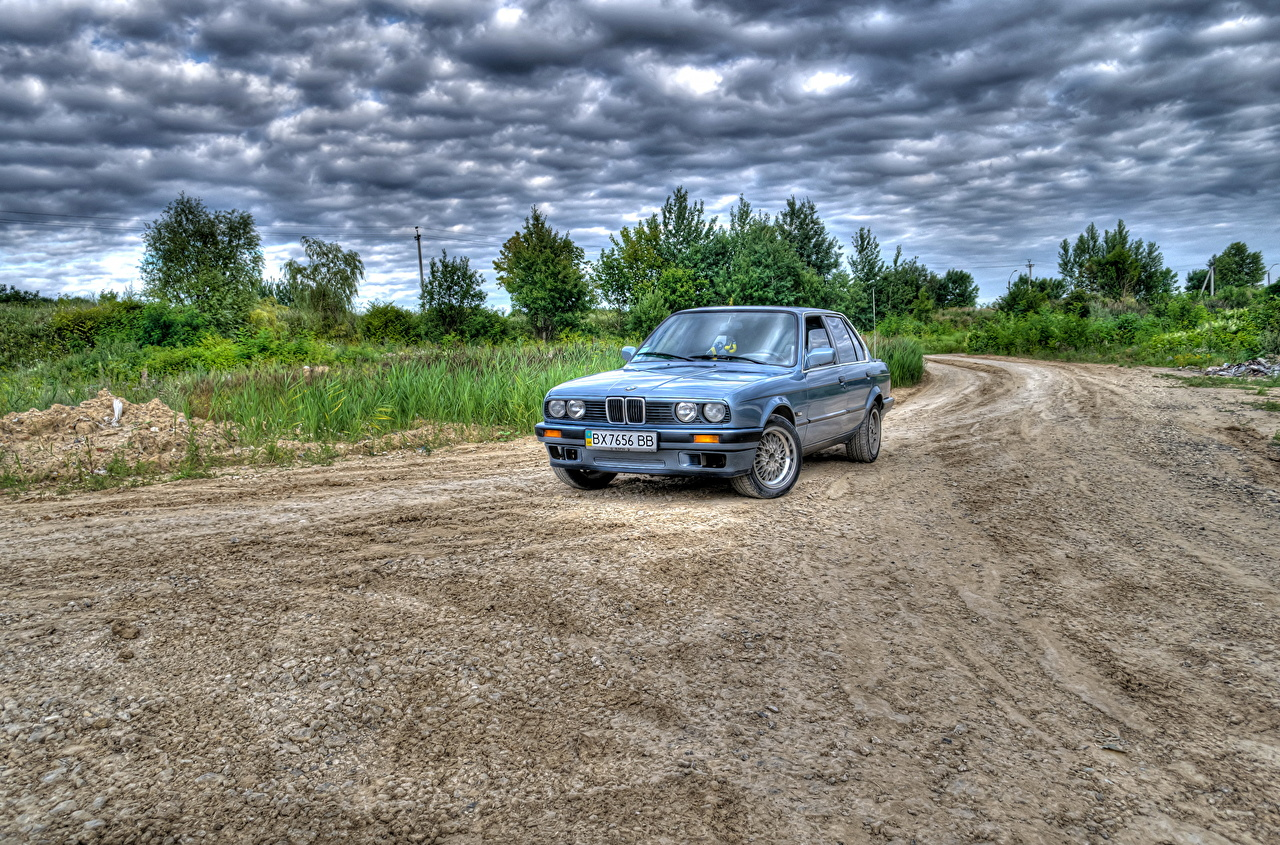 Фотографии BMW HDR Небо Дороги Автомобили облако БМВ HDRI авто машины машина автомобиль Облака облачно