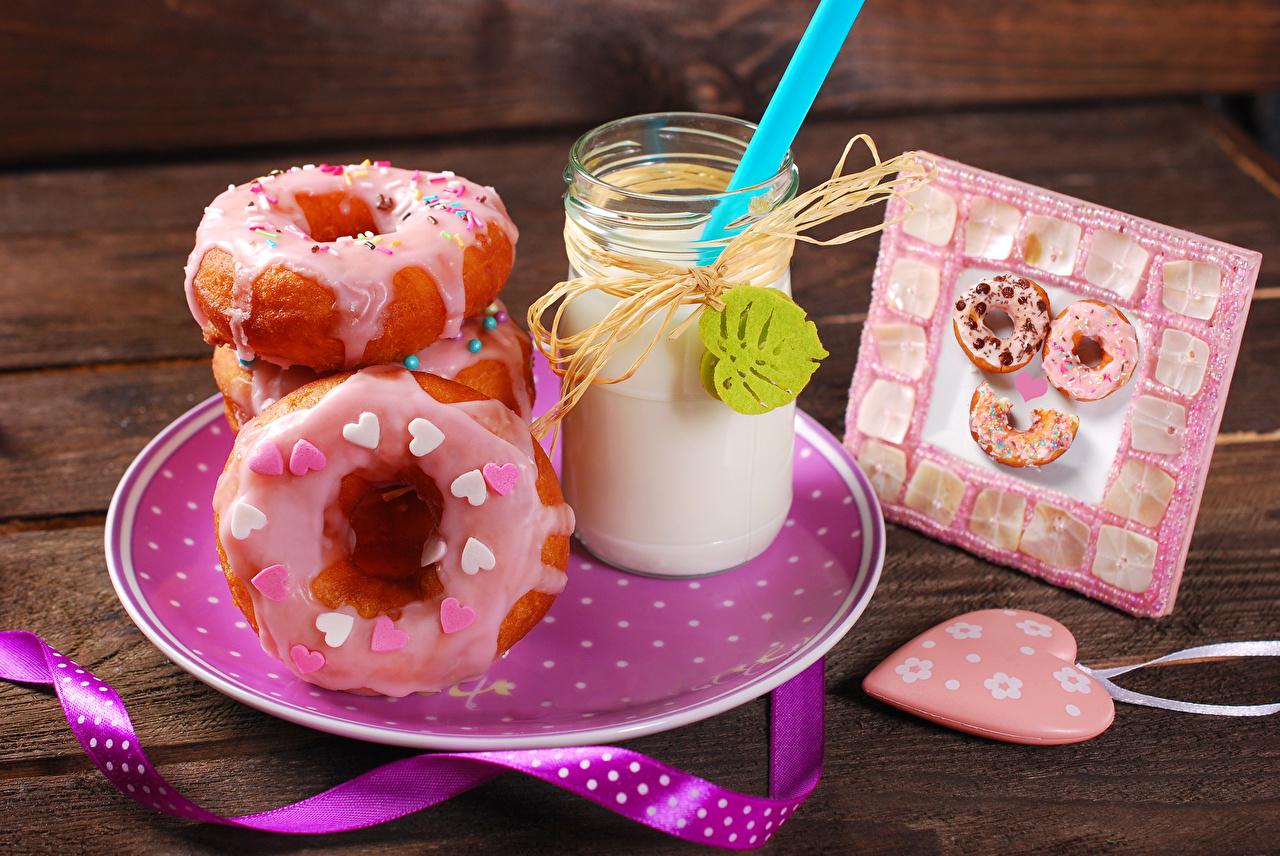 Фотография сердца Пончики стакане Еда Тарелка Коктейль серце Сердце сердечко Стакан стакана Пища тарелке Продукты питания