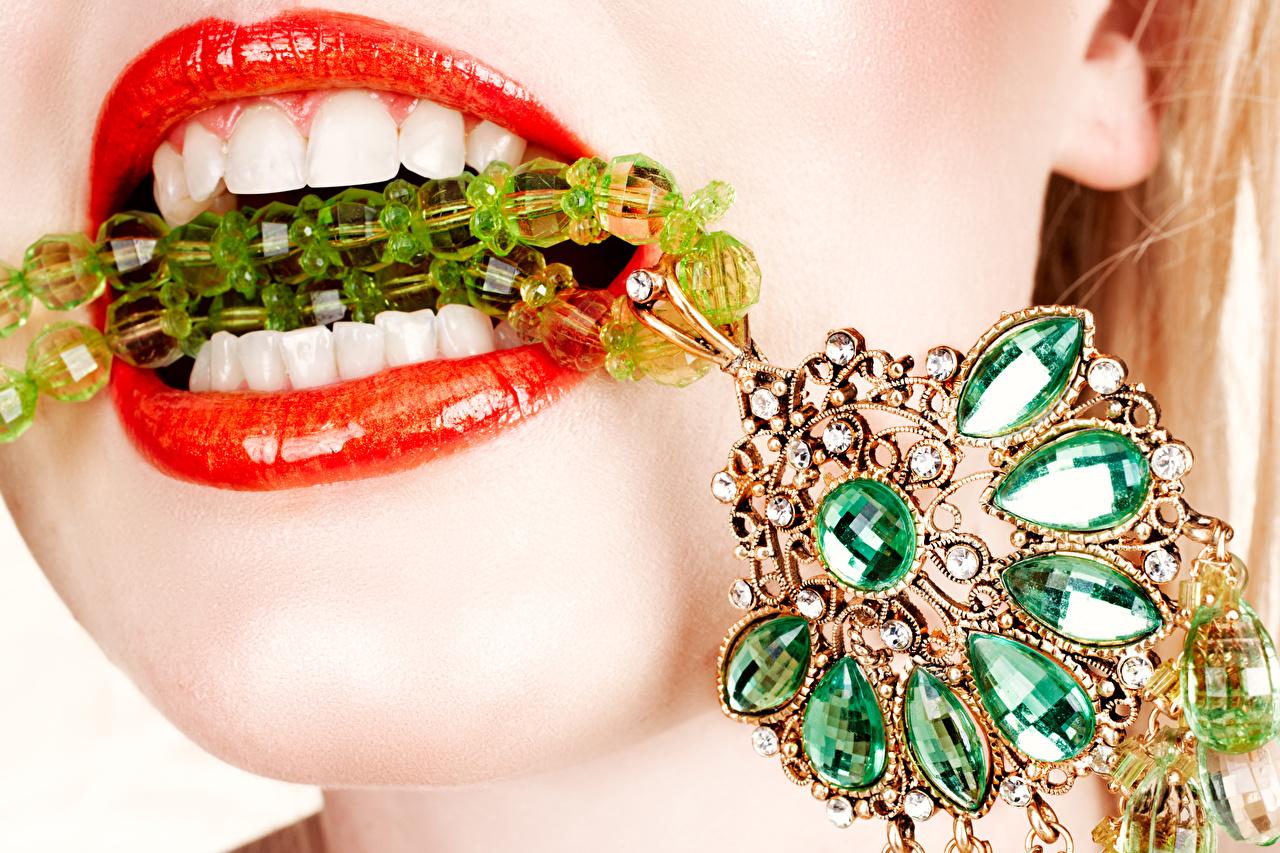 Картинки Зубы Камни Красные губы Украшения Камень