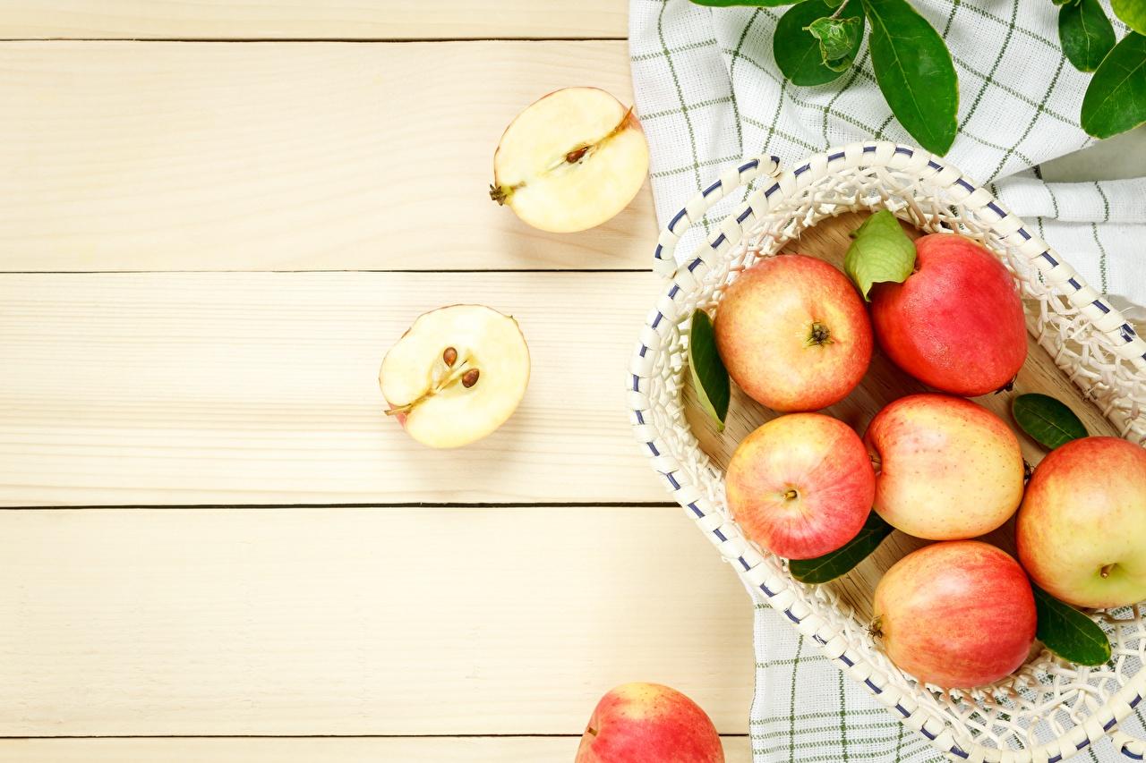 Картинки Яблоки Пища Доски Еда Продукты питания