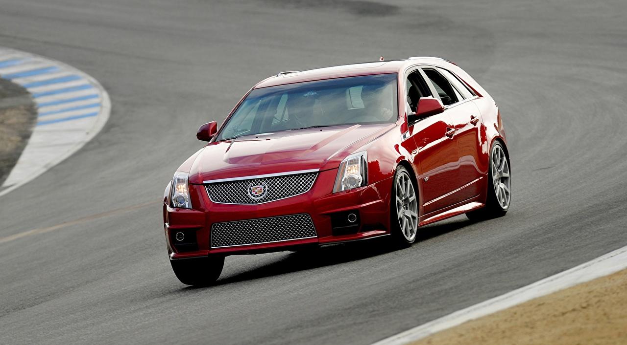 Фотография Cadillac Универсал CTS-V, Sport Wagon красные едущая Металлик Автомобили Кадиллак красных Красный красная едет едущий Движение скорость авто машина машины автомобиль