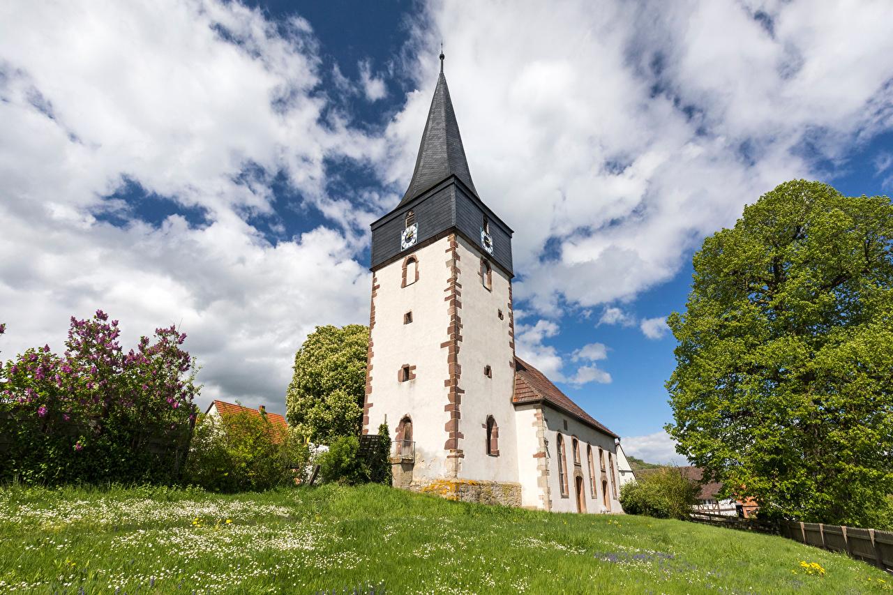 Картинка Церковь Германия Башня Hessen Небо Облака Города башни город облако облачно