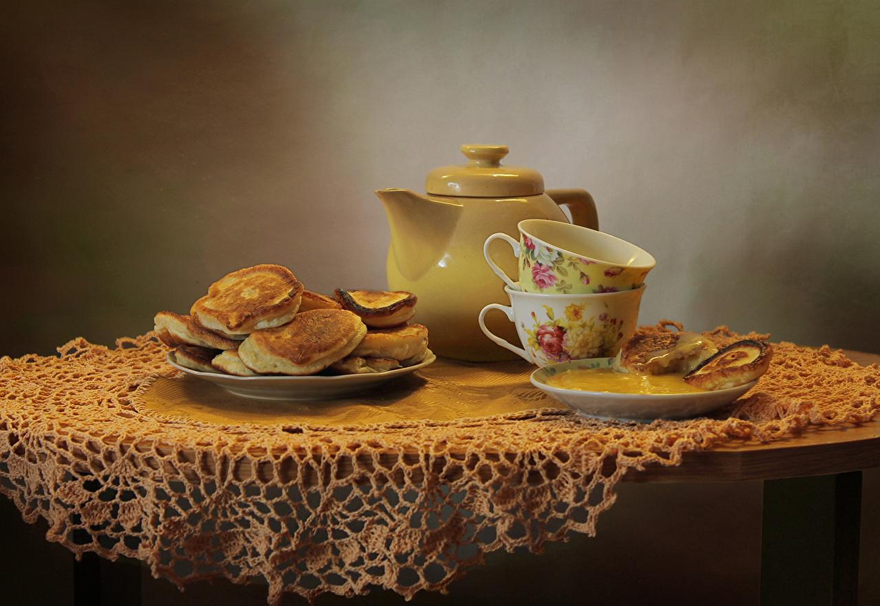 Обои Мед Блины Чайник Еда чашке стола Натюрморт Пища Стол Чашка столы Продукты питания