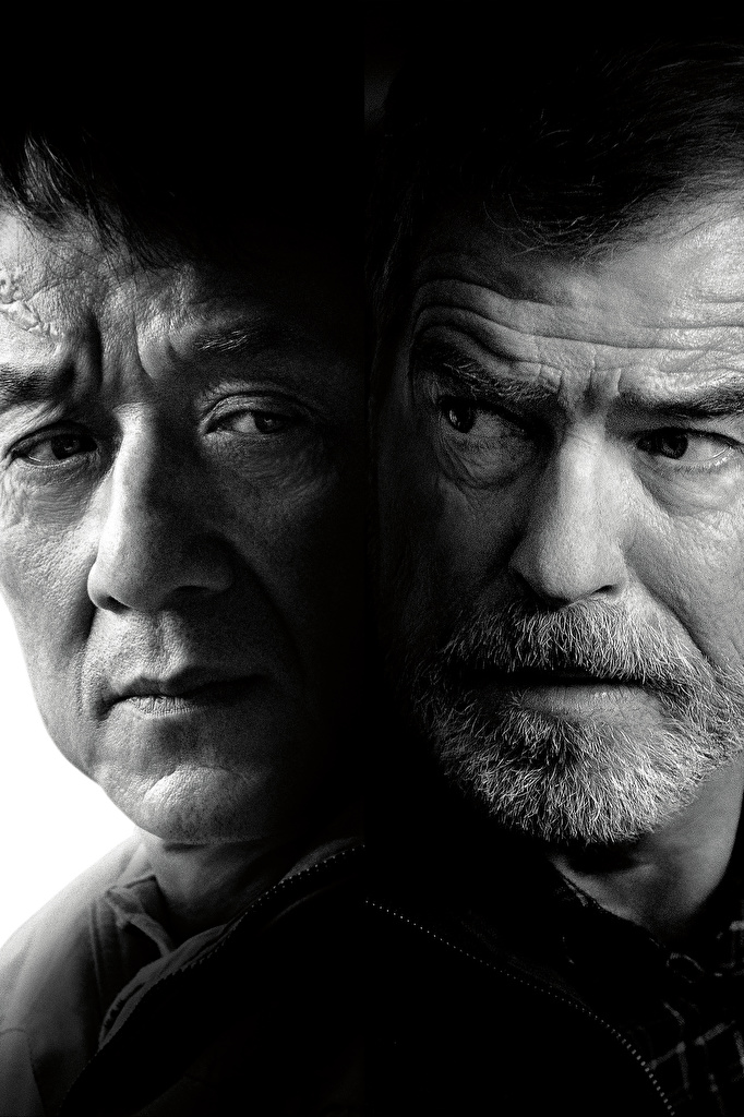 Фото Иностранец 2017 Jackie Chan Pierce Brosnan Мужчины Лицо Двое Фильмы Черно белое  для мобильного телефона Джеки Чан Пирс Броснан мужчина 2 две два лица вдвоем кино черно белые