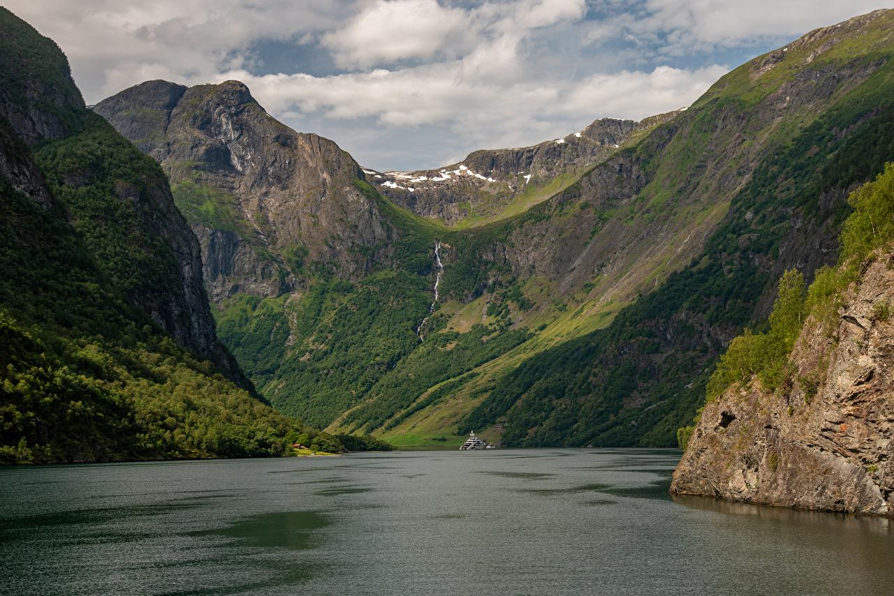 Картинки Норвегия Sognefjord Горы Природа залива гора Залив заливы