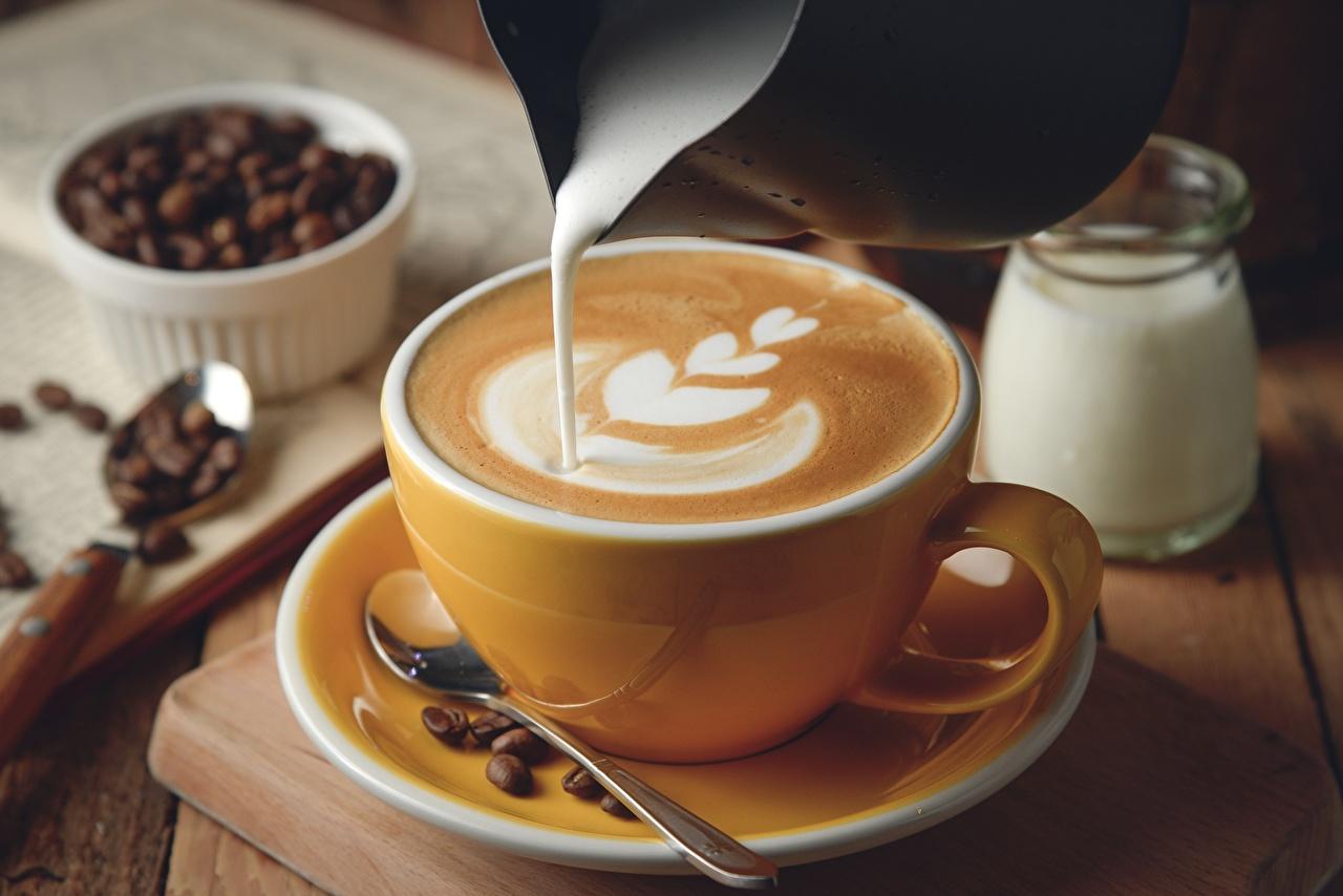 Обои Кофе Сливки Капучино Еда Чашка блюдца сливками Пища чашке Блюдце Продукты питания