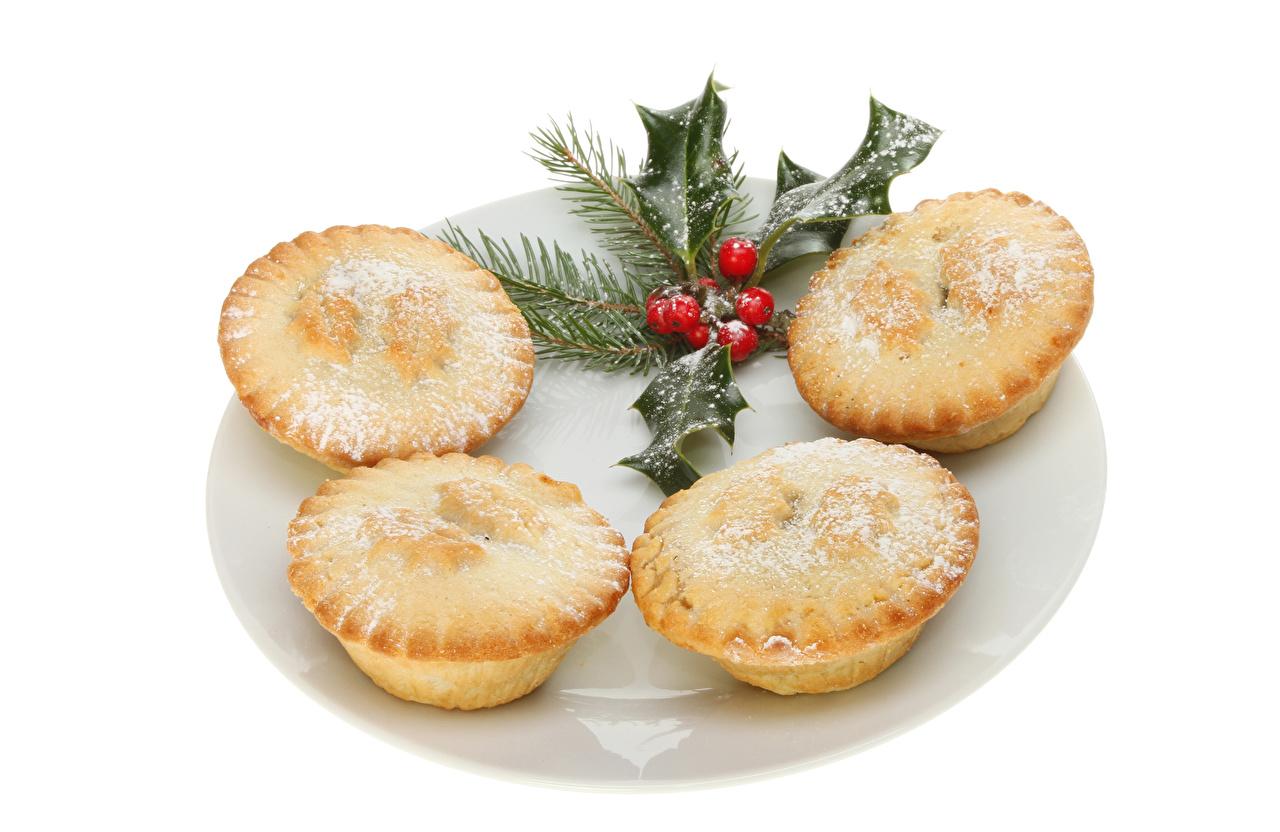 Фотография Пища Новый год Кекс Белый фон Маффин Выпечка Еда Продукты питания Рождество белом фоне белым фоном