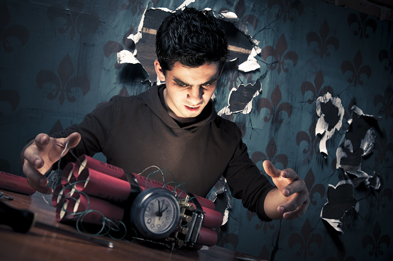 Фотография мужчина Парни dynamite bomb Часы рука военные Мужчины юноша парень подросток Руки Армия