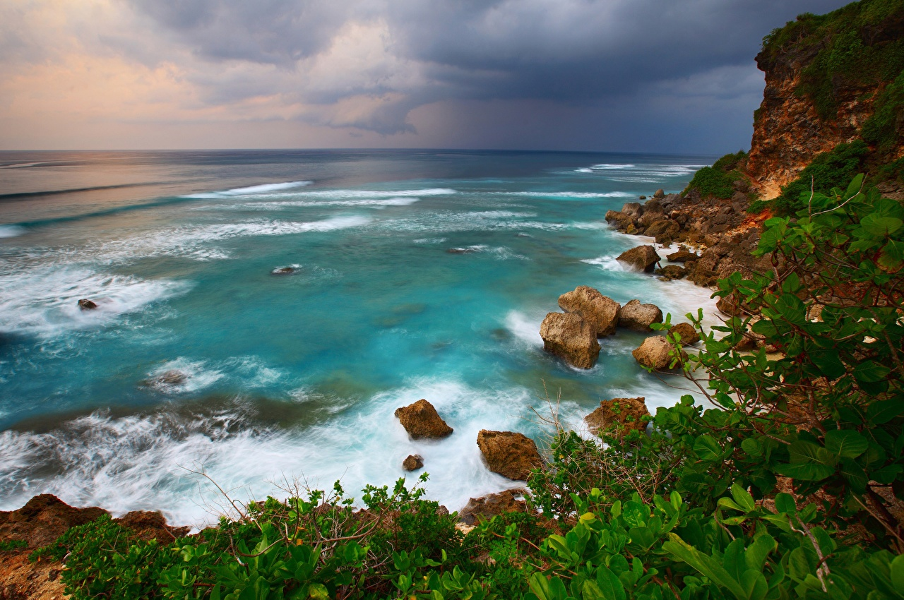 Обои для рабочего стола Индонезия Bali Море Природа Камни Побережье берег Камень