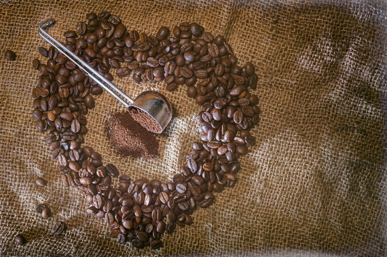 Картинка сердца Кофе зерно Пища вблизи серце Сердце сердечко Зерна Еда Продукты питания Крупным планом