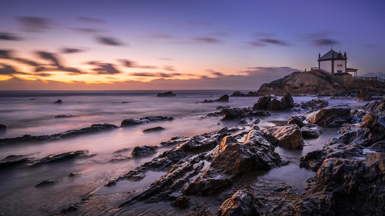 Фотография Португалия Capela do Senhor da Pedra Природа рассвет и закат берег Камни Рассветы и закаты Камень Побережье