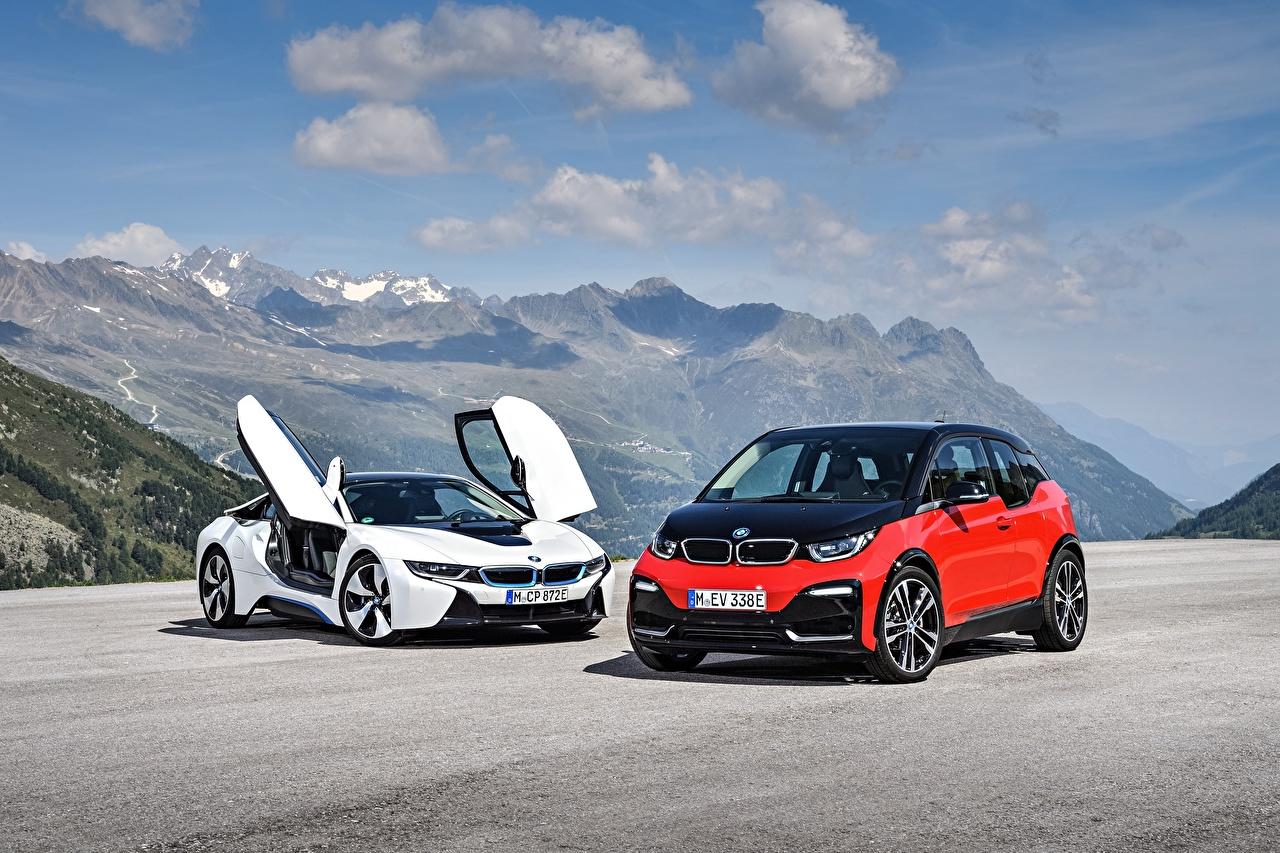 Картинки БМВ 2017 Купе две авто Металлик BMW 2 два Двое вдвоем машина машины автомобиль Автомобили