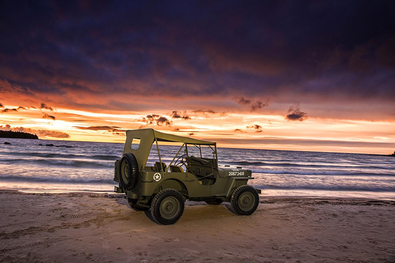 Фото 1944 Willys MB Винтаж Рассветы и закаты машины Побережье Ретро старинные авто берег машина автомобиль Автомобили