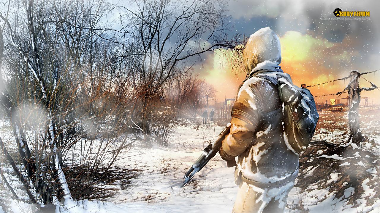 Картинка Survarium воин Автоматы Игры снегу дерева воины Воители автомат автоматом Снег снега снеге компьютерная игра дерево Деревья деревьев
