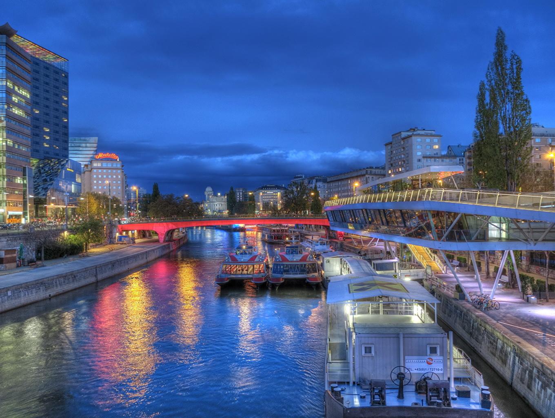 Обои для рабочего стола Речные суда Германия Водный канал Ночь Берлин Города ночью в ночи Ночные город