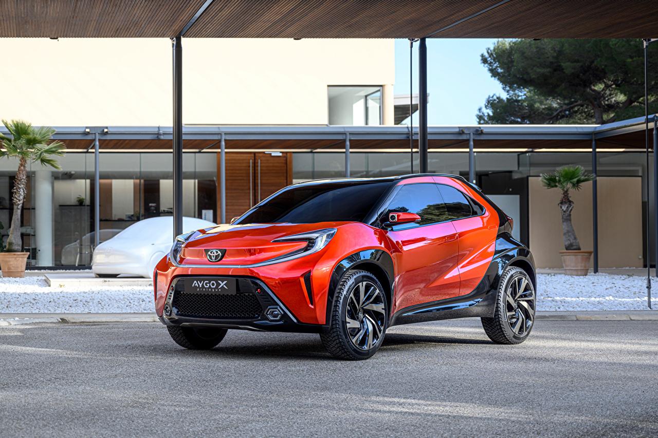 Картинка Toyota Aygo X prologue, 2021 оранжевых авто Металлик Тойота оранжевая оранжевые Оранжевый машина машины Автомобили автомобиль