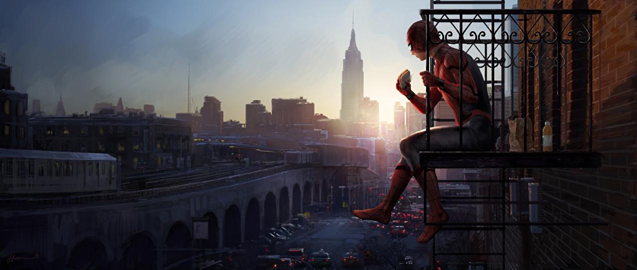 Картинки Человек-паук: Возвращение домой супергерои Человек паук герой балконом Фильмы Сидит Герои комиксов Балкон балконе кино сидя сидящие