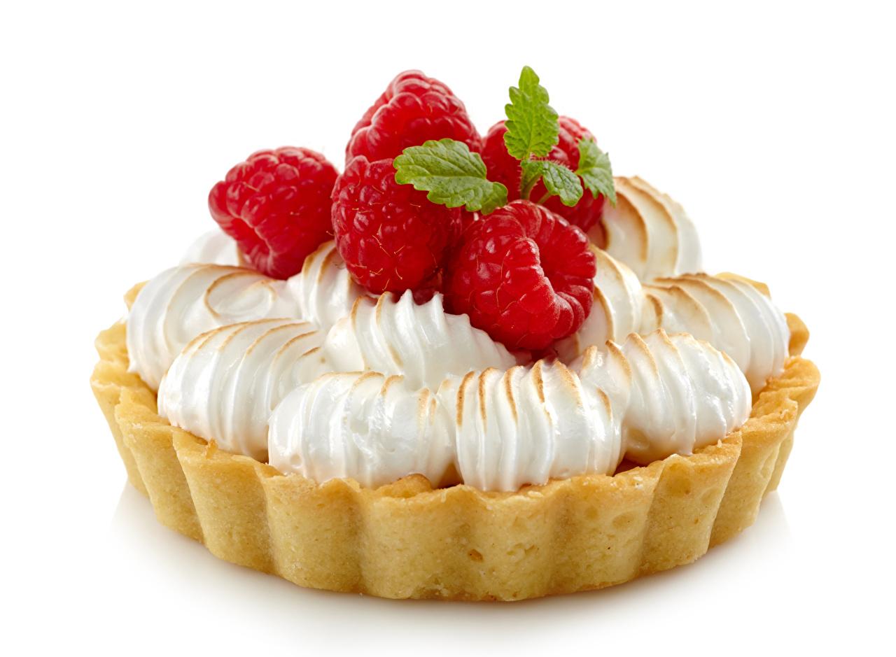 Фотография Малина Продукты питания Пирожное Белый фон сладкая еда Еда Пища Сладости белом фоне белым фоном