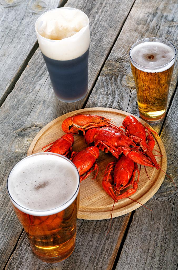 Фотографии Пиво Раки Стакан Пена втроем Продукты питания Доски стакана стакане Еда пене Пища пеной Трое 3